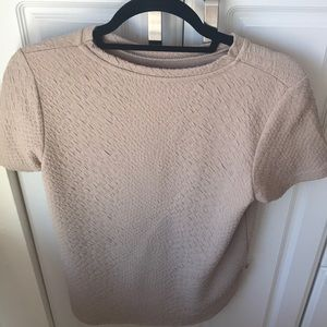 Tan, comfy fitted tee w alligator texture